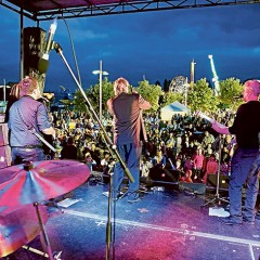 Festival hits the waterfront