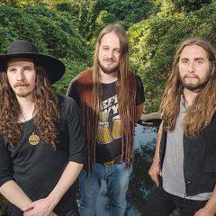 California's Radio Moscow Hits Victoria